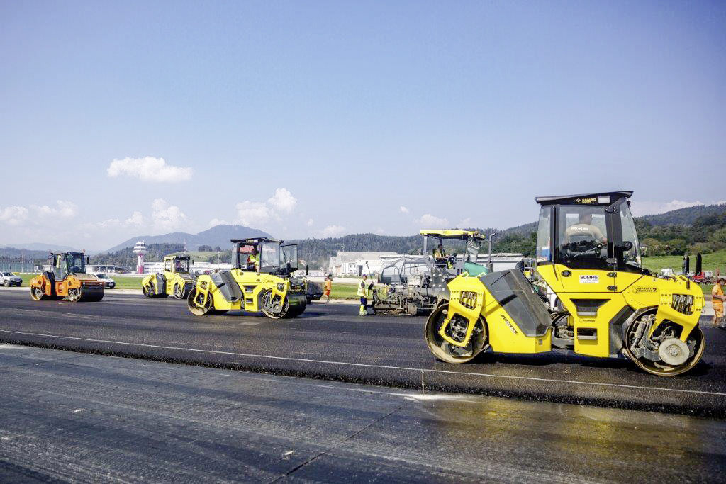Pistensanierung, Klagenfurt - Road and bridge construction